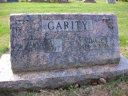 Carl D Garity
