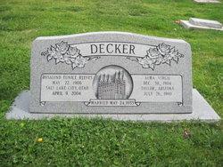 Rosalind Eunice <i>Reeves</i> Decker