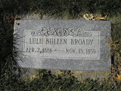 Lulu <i>Bullen</i> Broady