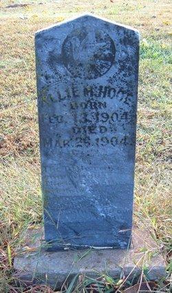 Allie M Hooe