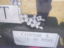 Connie Sue <i>Gowen</i> Scott