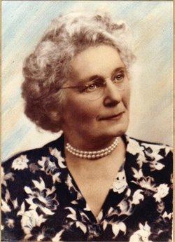 Helena <i>Wiekamp</i> Deethardt