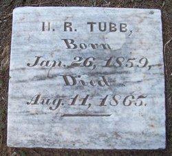 H R Tubb