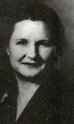 Clara Mae <i>Hollis</i> Beathard