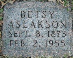 Betsy Aslakson