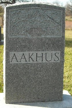 Annie Aakhus