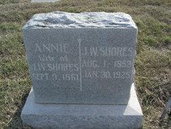 Annie Shores