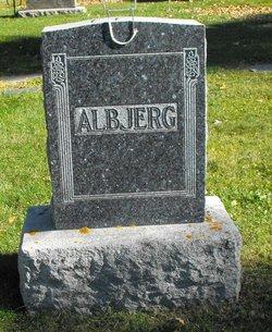 Alma <i>Paulson</i> Albjerg