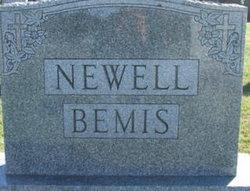 Earl Bemis