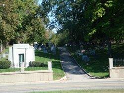 Riverside Jewish Cemetery