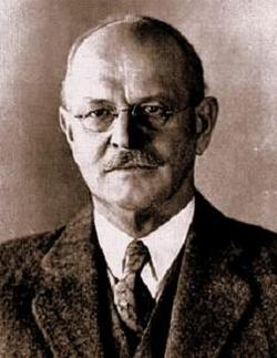 Dr Frank Michler Chapman
