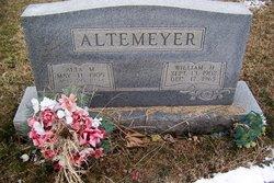 Alta Mace <i>Winslow</i> Altemeyer