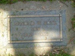 Arnold W Boye