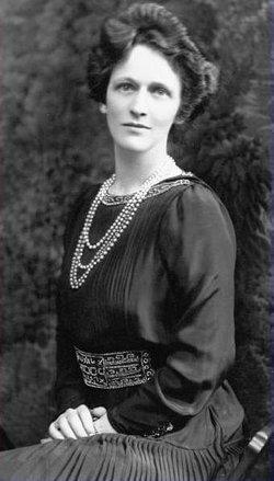 Lady Nancy Witcher <i>Langhorne</i> Astor