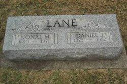 Daniel J Lane