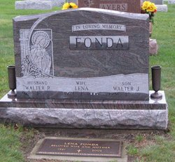 Lena <i>Izzo</i> Fonda