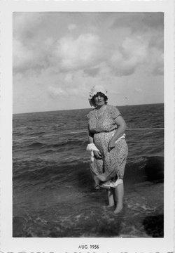 Erna Gertrude <i>Rabenaldt</i> Kozelski