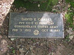 David E Qualls