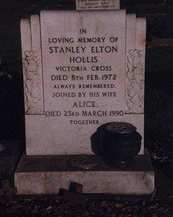 Stanley Elton Hollis