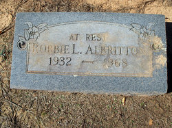 Robbie L Albritton
