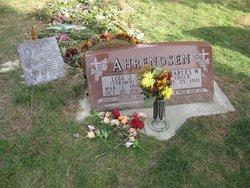 Lois J. <i>Strawn</i> Ahrendsen