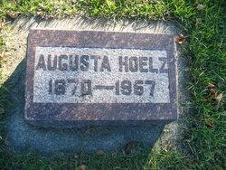 Augusta Wilhelmina <i>Leistiko</i> Hoelz