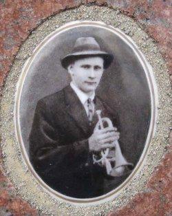 Felix A R Grobe