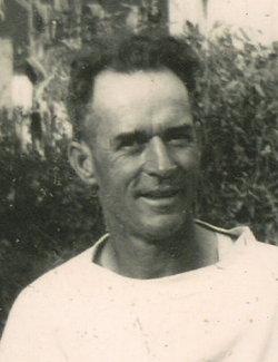 Henry John Mueth