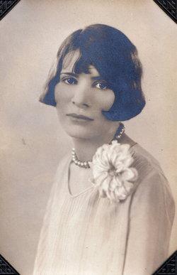 Helen C. <i>Friedlin</i> Mueth