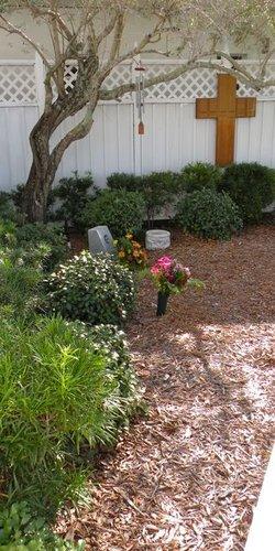 Holy Apostles Episcopal Church Memorial Garden