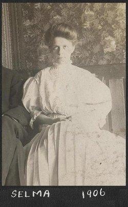 Selma Harriet <i>Tetzner</i> Dohm
