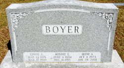 Minnie E <i>Steinmetz</i> Boyer