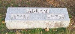 Noah J Abram