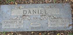 Charles M Daniel, Sr