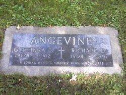 Gudfinna E Angevine