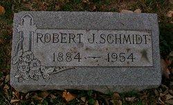 Robert J Schmidt