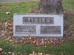 Nettie Dell Battles