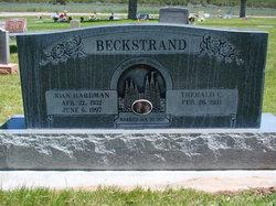 Joan <i>Hardman</i> Beckstrand