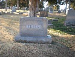 Eva R. <i>Richardson</i> Tufts