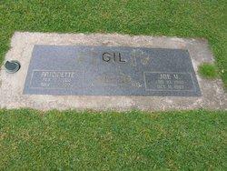 Antoinette Gil