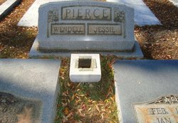 Jessie Winn <i>Buff</i> Pierce