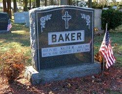 Dorothy J <i>Pratt</i> Baker