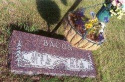 Lynn Edward Bacon