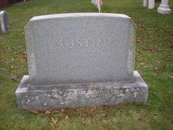 Elizabeth M <i>Skelly</i> Austin