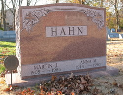 Anna M Hahn
