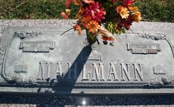 Helen Ellen <i>Kraft</i> Mahlmann
