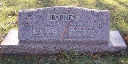 Nola <i>Hanks</i> Barnes