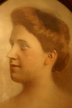 Henrietta Louise Hattie <i>Diederich</i> Bechman