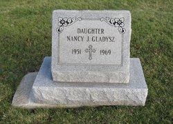 Nancy J Gladysz
