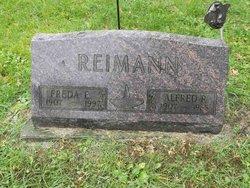 Freda E Reimann